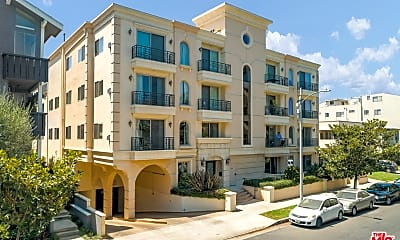 Building, 135 S Swall Dr 203, 0