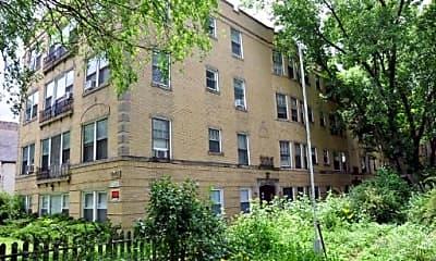 Building, 4858 N HERMITAGE 1B, 0