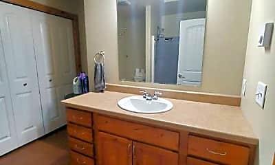 Bathroom, 2744 Overlook Blvd, 2