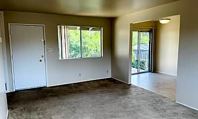 Living Room, 870 Castlewood Dr, 1