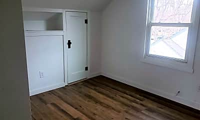Bedroom, 423 Alderson Ave, 1