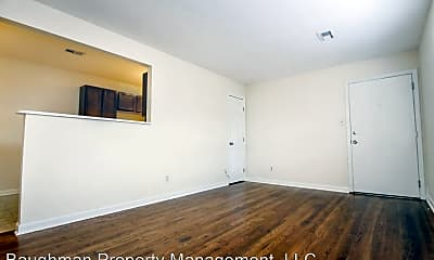 Living Room, 1349 Royalty Ct, 1