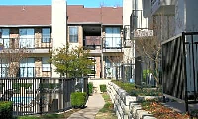 Forest Cove Apartments, 1