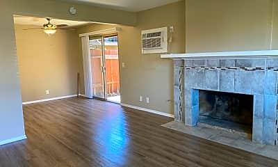 Living Room, 16022 Pasadena Ave, 0