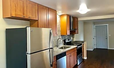 Kitchen, 1313 NE 131st Pl, 1