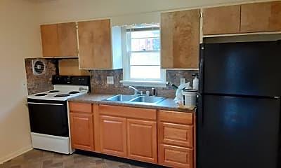 Kitchen, 364 Mulberry St, 1