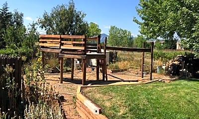IMG_0404.JPG, 4615 Carter Trail, 2