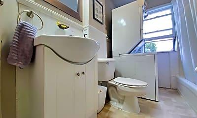 Bathroom, 7 11th Ave SW, 1