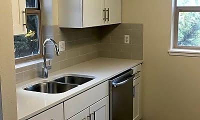 Kitchen, 3058 NE Weddell St, 1