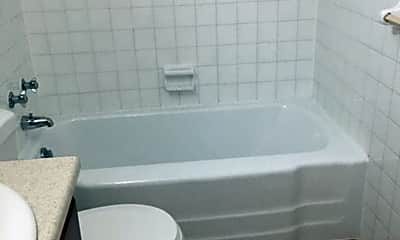 Bathroom, 567 Union St, 2