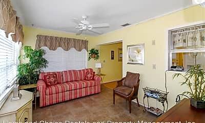 Living Room, 501 W Venice Ave, 1