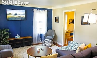 Living Room, 2016 Dallas Ave, 0