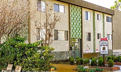 Building, 416 Pioneer Dr, 0