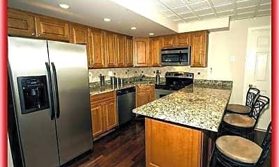Kitchen, 1409 Woodridge Manor Rd, 1