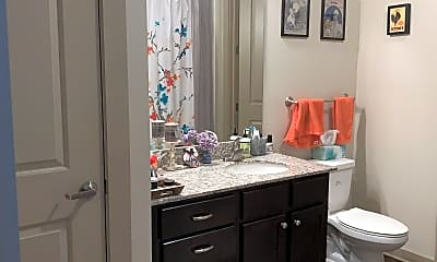 Bathroom, 1505 Demonbreun St, 2
