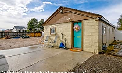 Building, 11164 Temple Dr, 1