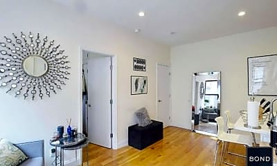 Living Room, 165 Mulberry St, 1