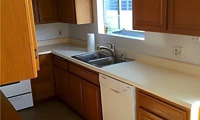 Kitchen, 11482 Moorpark St 06, 2