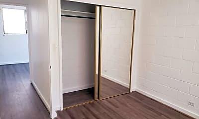 Bedroom, 725 Birch St, 2