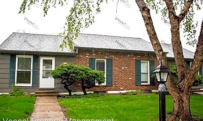 Building, 9401 Ballentine St, 1