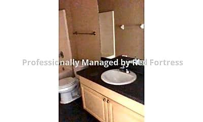 Bathroom, 363 Grant Blvd, 2