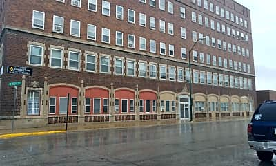 Biltwell Apartments, 1