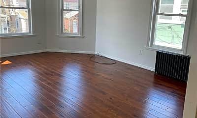Living Room, 89-23 116th St, 1