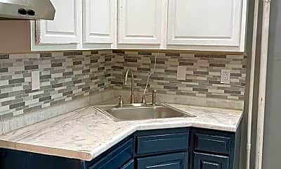 Kitchen, 5016 Newhall St 2, 2