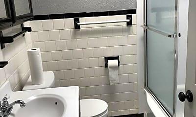 Bathroom, 546 Parksley Ave, 2