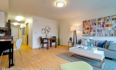 Living Room, 201 W Harrison St, 2