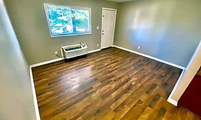 Living Room, 1547 S Green River Rd, 1