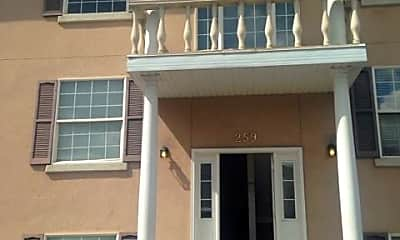 Building, 259 N 300 W, 0