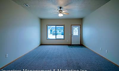 Living Room, 2102-2258 Landmark Circle, 1