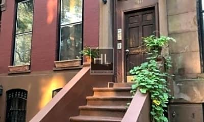 310 Clermont Ave 4, 2