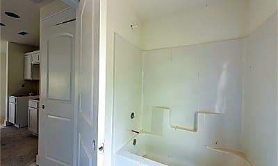 Bathroom, 1340 Cleveland St, 2