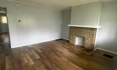 Living Room, 1310 Center St, 1
