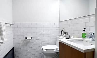 Bathroom, 264 Water St, 2