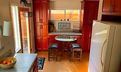Kitchen, 520 Columbia St, 1