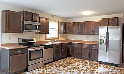 Kitchen, 12 Hilltop Ave, 2