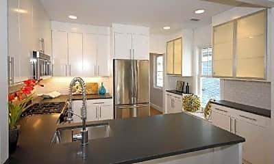 Kitchen, 658 Massachusetts Ave, 1
