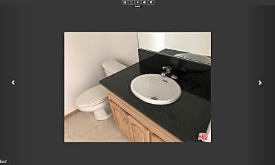 Bathroom, 220 W 5th St, 1