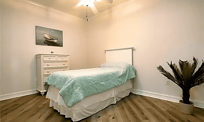 Bedroom, 13941 Clubhouse Dr, 2