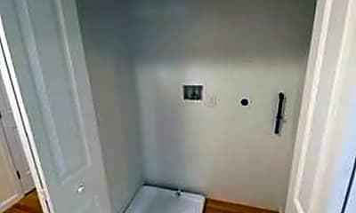 Bathroom, 25-27 Callender St, 2