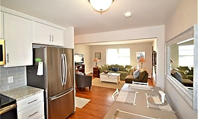 Kitchen, 70 Carroll Ave 107, 0