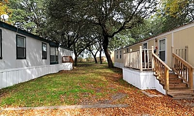 Building, Country Oaks, 0