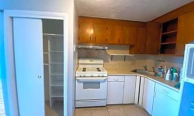 Kitchen, 200 Newbury Ave 15, 0