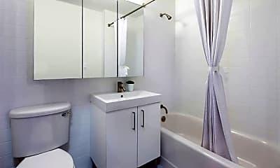 Bathroom, 138 Fulton St, 2