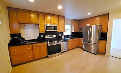 Kitchen, 34 Ashland St LEFT, 0
