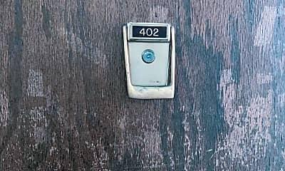 2300 N Harlem Ave, 1