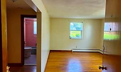 Living Room, 1124 Main St, 1